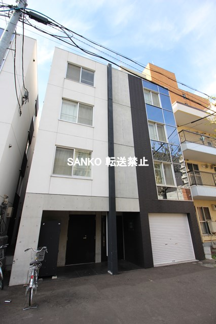北海道札幌市北区、北24条駅徒歩15分の築4年 4階建の賃貸マンション