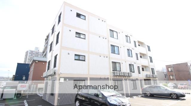 北海道札幌市北区、新琴似駅徒歩20分の築2年 4階建の賃貸マンション