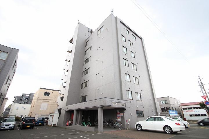 北海道札幌市東区、北34条駅徒歩20分の築19年 5階建の賃貸マンション