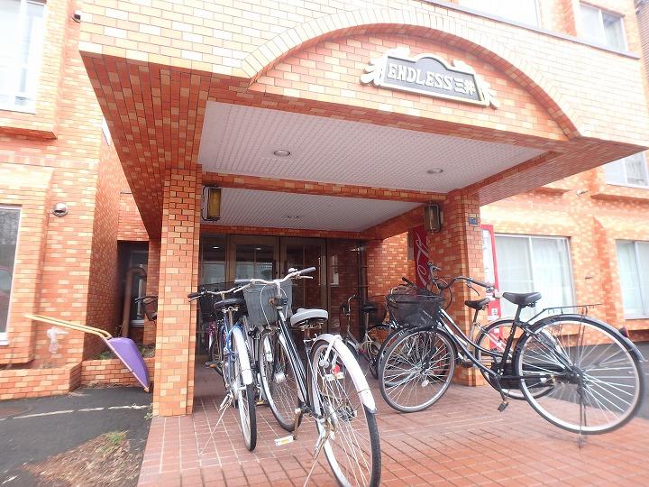 北海道札幌市東区、北34条駅徒歩14分の築27年 4階建の賃貸マンション