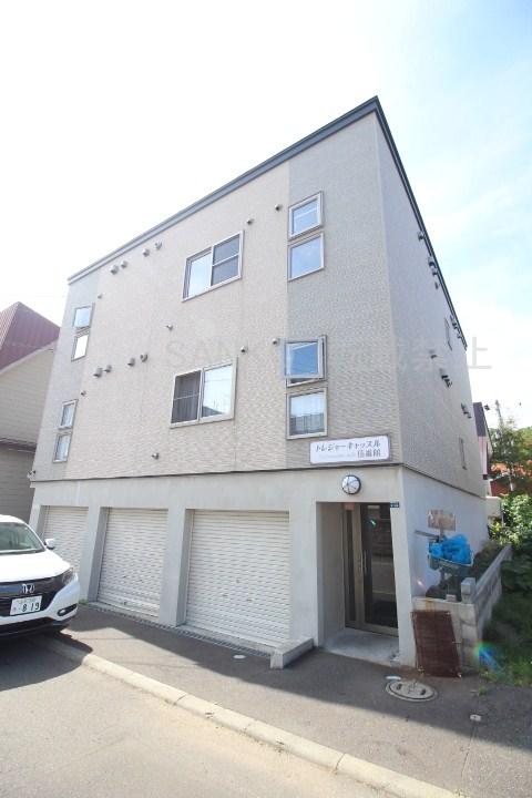 北海道札幌市東区、北34条駅徒歩17分の築10年 3階建の賃貸アパート