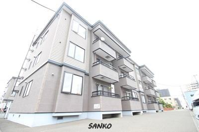 北海道札幌市東区、太平駅徒歩16分の築16年 3階建の賃貸アパート