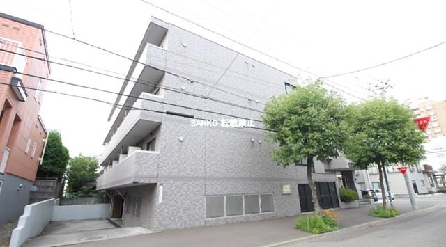 北海道札幌市北区、北34条駅徒歩18分の築21年 4階建の賃貸マンション