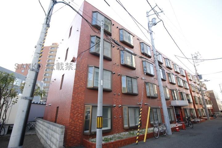 北海道札幌市東区、札幌駅徒歩12分の築27年 4階建の賃貸マンション