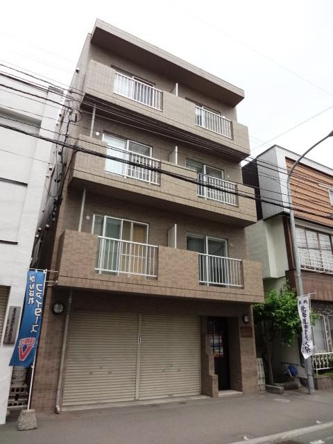 北海道札幌市東区、さっぽろ駅徒歩6分の築20年 4階建の賃貸マンション