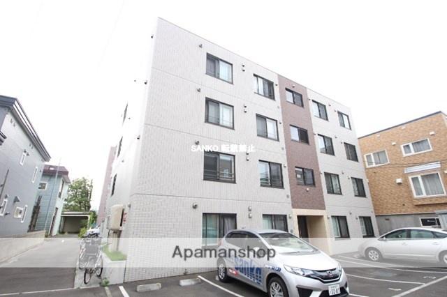 北海道札幌市西区、八軒駅徒歩9分の築5年 4階建の賃貸マンション