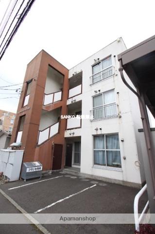 北海道札幌市北区、新琴似駅徒歩11分の築30年 3階建の賃貸マンション