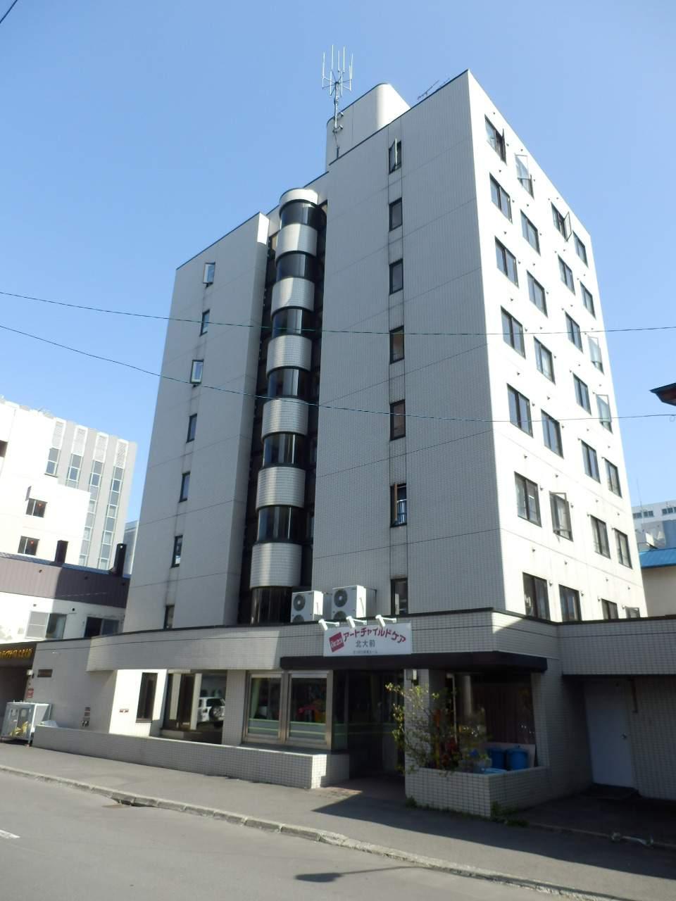 北海道札幌市北区、北12条駅徒歩2分の築29年 8階建の賃貸マンション