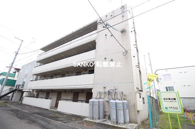 北海道札幌市北区、麻生駅徒歩15分の築27年 4階建の賃貸マンション