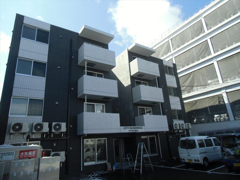 北海道札幌市豊平区、東札幌駅徒歩10分の築3年 4階建の賃貸マンション