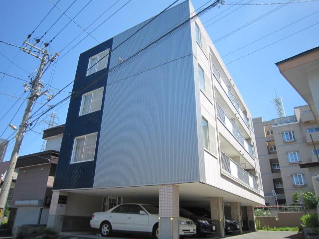 北海道札幌市豊平区、南郷13丁目駅徒歩25分の築22年 4階建の賃貸マンション