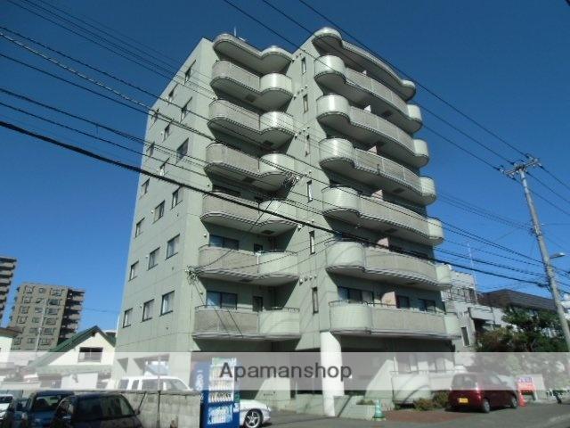 北海道札幌市豊平区、東札幌駅徒歩17分の築25年 7階建の賃貸マンション