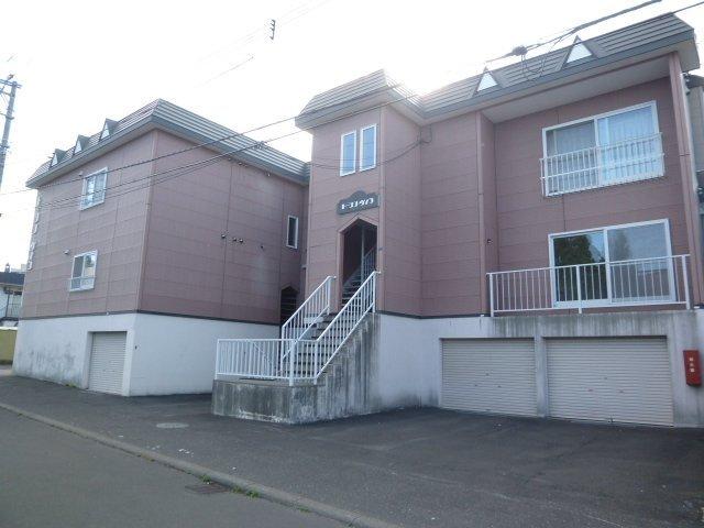 北海道札幌市豊平区、南郷7丁目駅徒歩13分の築21年 3階建の賃貸アパート