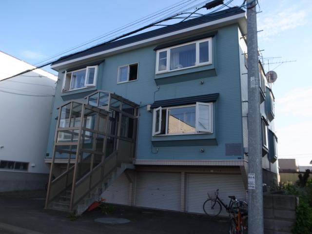 北海道札幌市豊平区、南郷18丁目駅徒歩23分の築25年 3階建の賃貸アパート