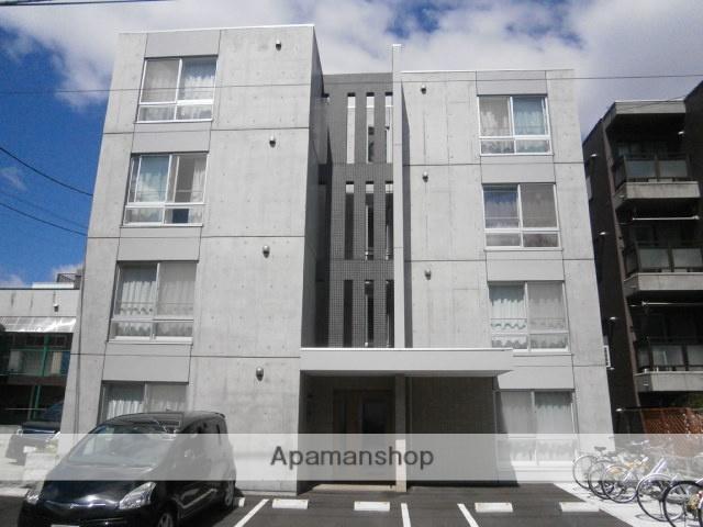 北海道札幌市豊平区、豊平公園駅徒歩15分の築2年 4階建の賃貸マンション