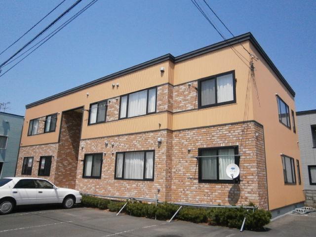 北海道札幌市豊平区、平岸駅中央バスバス14分西岡3−9下車後徒歩5分の築12年 2階建の賃貸アパート