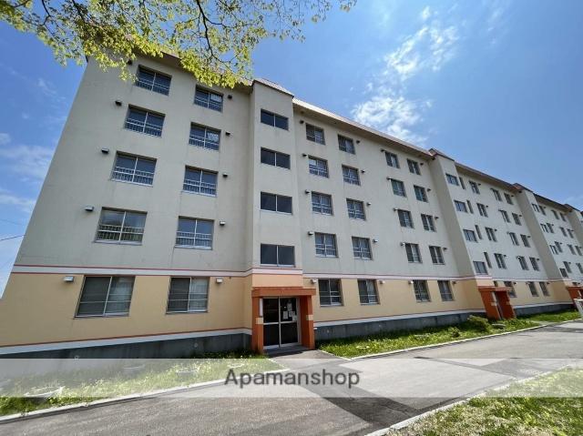 北海道函館市、競馬場前駅徒歩13分の築40年 5階建の賃貸マンション
