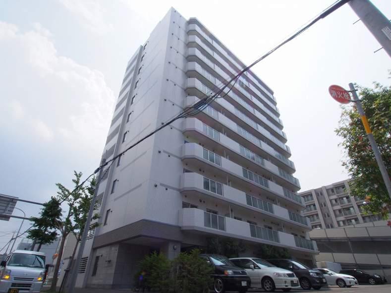 北海道札幌市豊平区、バスセンター前駅徒歩16分の築8年 11階建の賃貸マンション