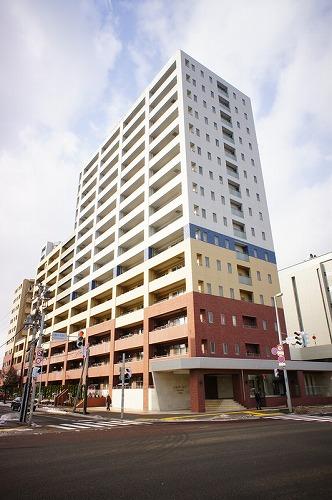 北海道札幌市豊平区、美園駅徒歩25分の築12年 15階建の賃貸マンション