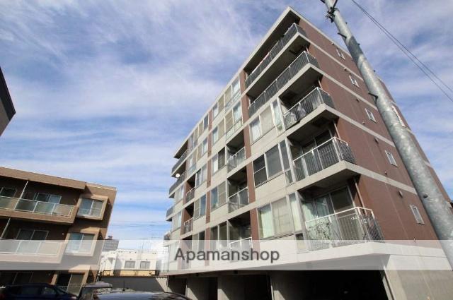 北海道札幌市豊平区、平岸駅徒歩15分の築17年 6階建の賃貸マンション