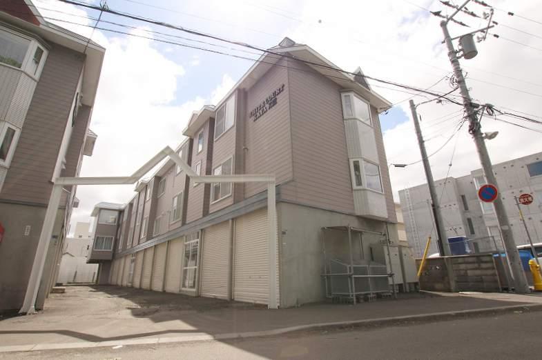 北海道札幌市豊平区、平岸駅徒歩15分の築24年 3階建の賃貸アパート