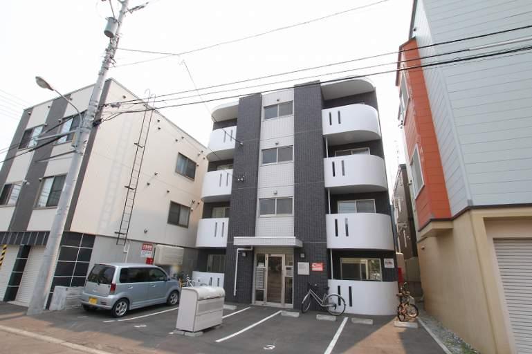 北海道札幌市豊平区、南郷7丁目駅徒歩8分の築5年 4階建の賃貸マンション