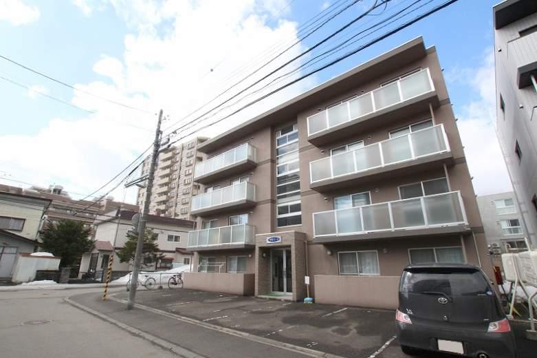 北海道札幌市豊平区、中の島駅徒歩9分の築16年 4階建の賃貸マンション