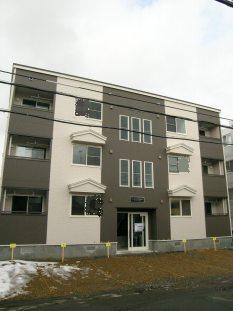 北海道札幌市南区、澄川駅徒歩7分の築6年 3階建の賃貸アパート