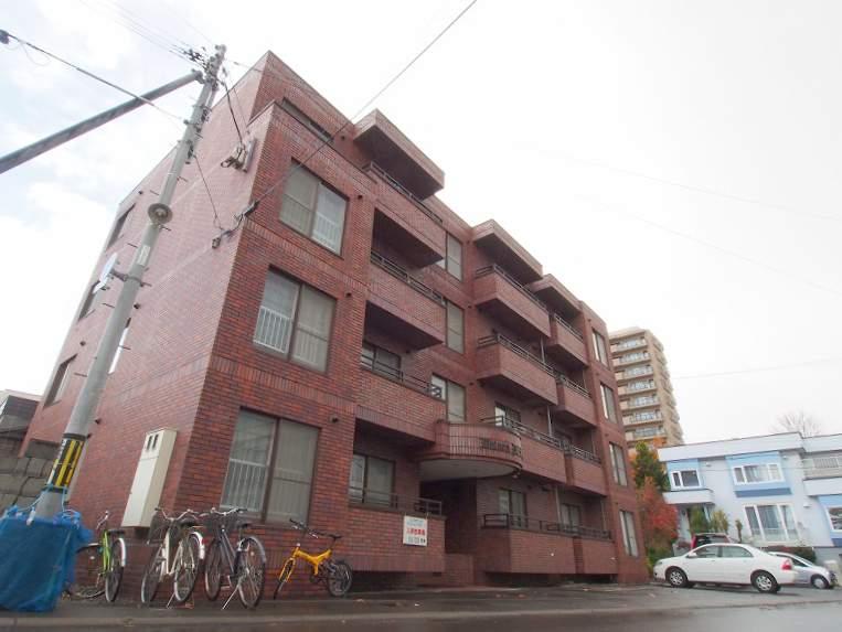 北海道札幌市豊平区、平岸駅徒歩12分の築29年 4階建の賃貸マンション