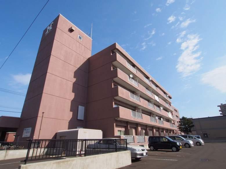 北海道札幌市豊平区、中の島駅徒歩13分の築37年 5階建の賃貸マンション