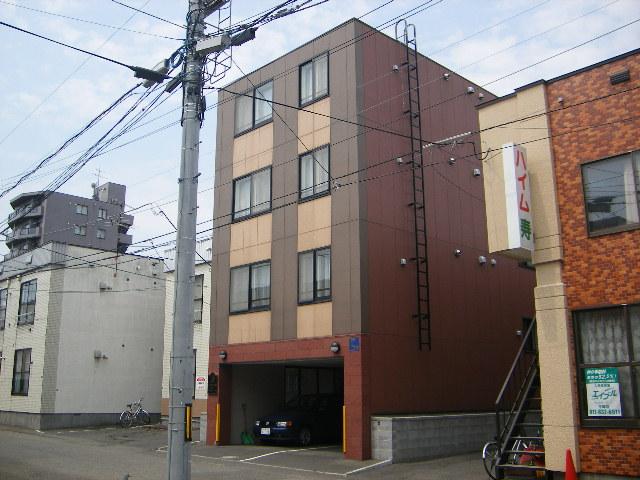 北海道札幌市豊平区、中の島駅徒歩7分の築15年 4階建の賃貸マンション