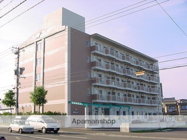 北海道札幌市豊平区、月寒中央駅徒歩11分の築17年 5階建の賃貸マンション
