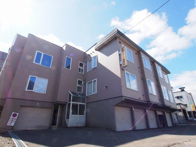 北海道札幌市豊平区、白石駅徒歩16分の築22年 3階建の賃貸アパート