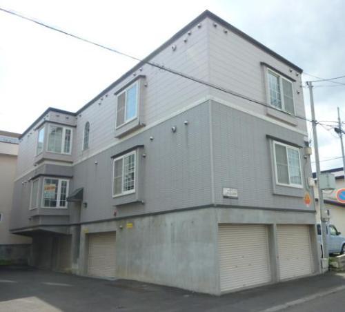 北海道札幌市豊平区、中の島駅徒歩12分の築20年 3階建の賃貸アパート