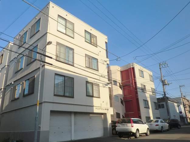 北海道札幌市豊平区、澄川駅徒歩19分の築28年 4階建の賃貸マンション