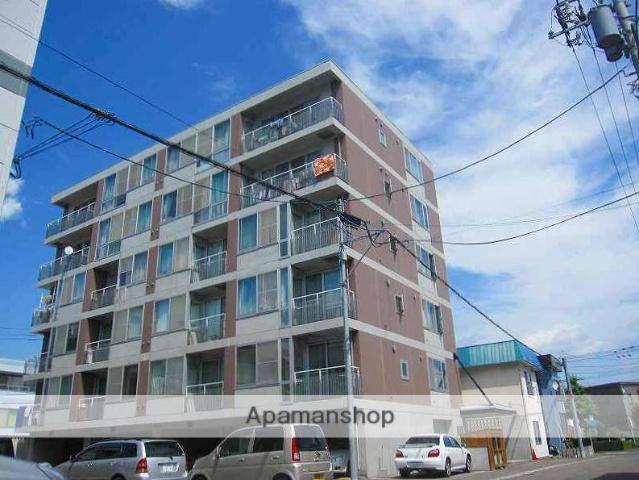 北海道札幌市豊平区、平岸駅徒歩15分の築18年 6階建の賃貸マンション