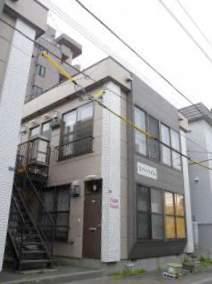北海道札幌市南区、澄川駅徒歩11分の築33年 2階建の賃貸アパート