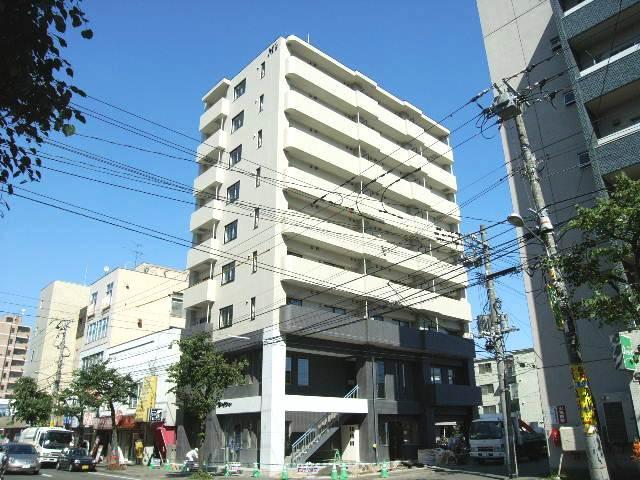 北海道札幌市豊平区、幌平橋駅徒歩8分の築8年 9階建の賃貸マンション