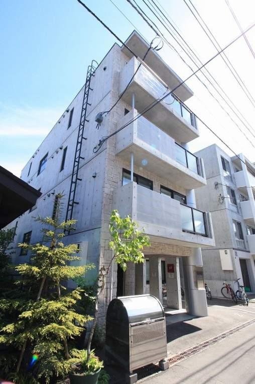 北海道札幌市豊平区、東札幌駅徒歩16分の築9年 4階建の賃貸マンション