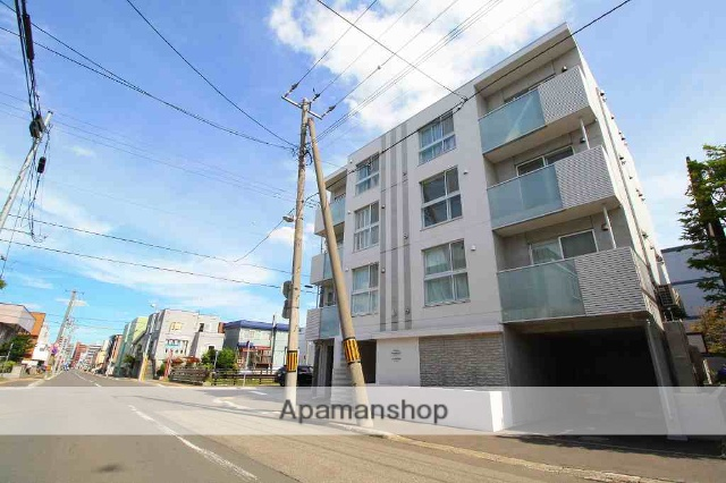 北海道札幌市白石区、南郷7丁目駅徒歩4分の築2年 4階建の賃貸マンション