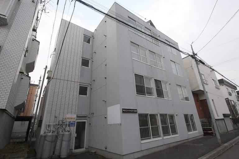 北海道札幌市豊平区、白石駅徒歩14分の築26年 4階建の賃貸マンション