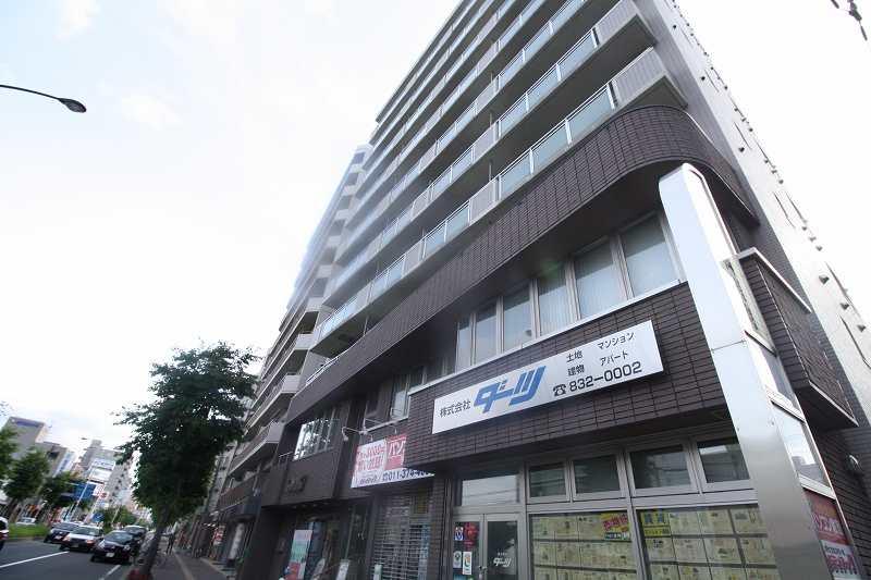 北海道札幌市豊平区、中の島駅徒歩13分の築21年 10階建の賃貸マンション
