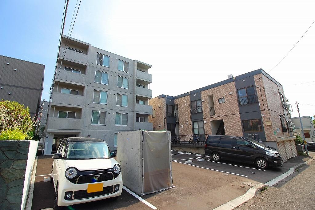 北海道札幌市南区、南平岸駅徒歩17分の新築 5階建の賃貸マンション