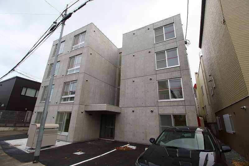 北海道札幌市豊平区、平岸駅徒歩25分の新築 4階建の賃貸マンション