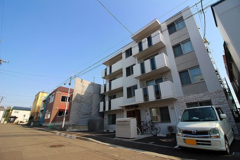 北海道札幌市南区、澄川駅徒歩6分の新築 4階建の賃貸マンション