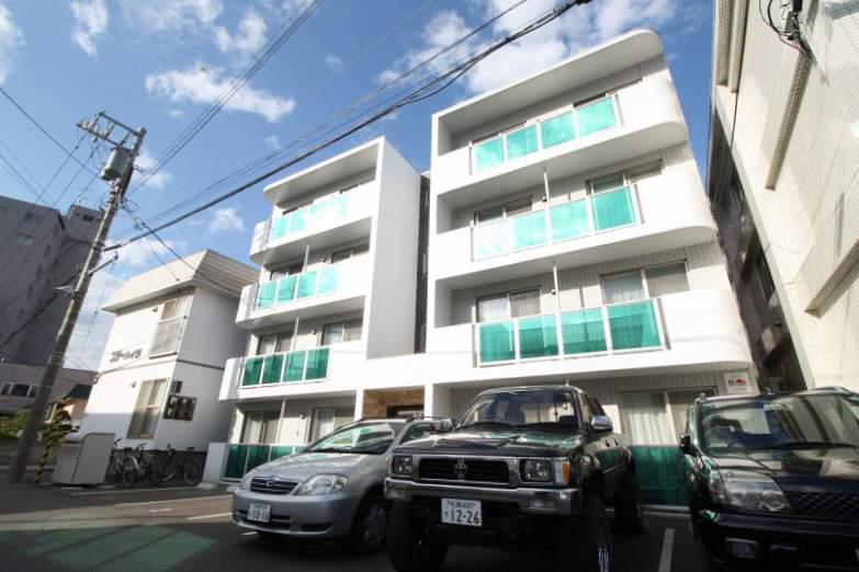 北海道札幌市西区、琴似駅徒歩15分の築5年 4階建の賃貸マンション