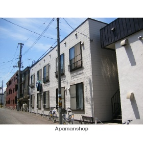 北海道札幌市豊平区、平岸駅徒歩12分の築28年 2階建の賃貸アパート