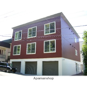 北海道札幌市豊平区、平岸駅徒歩20分の築12年 3階建の賃貸アパート