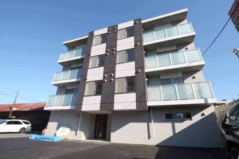 北海道札幌市豊平区、東札幌駅徒歩12分の築2年 4階建の賃貸マンション