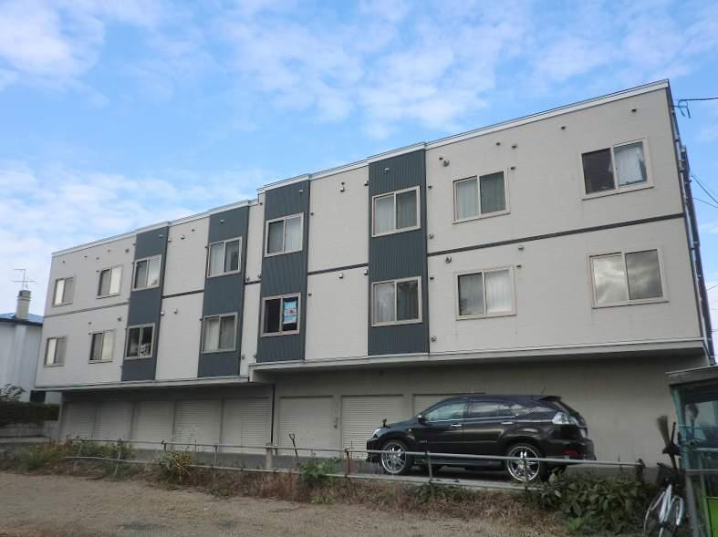北海道札幌市豊平区、南平岸駅徒歩25分の築10年 3階建の賃貸アパート